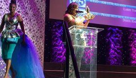 Cheryl Jackson Accepts Stellar Award