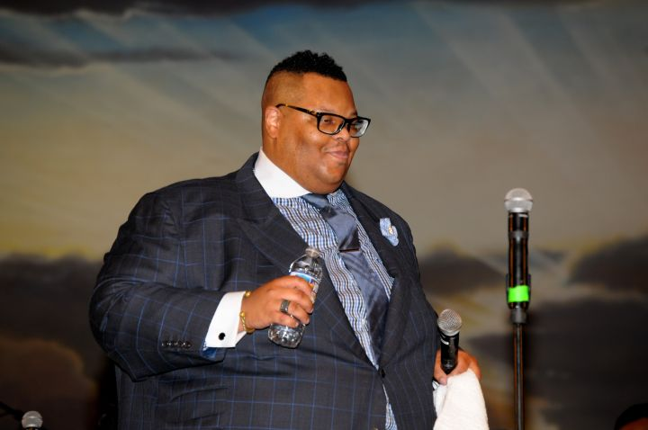 Charles Butler & Trinity Live At Spirit Of Praise