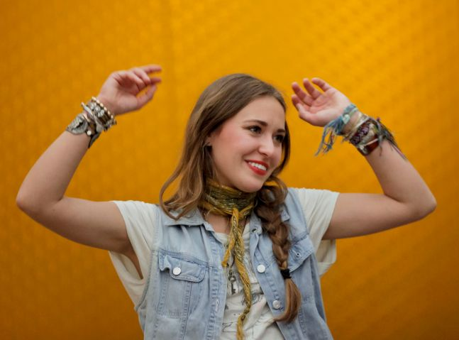 Rogers & Cowan Hosts Special In-Office Performance With Lauren Daigle