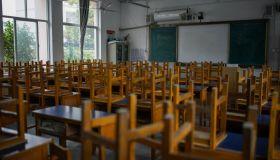 Junior Middle School Third Grade Students Return To School